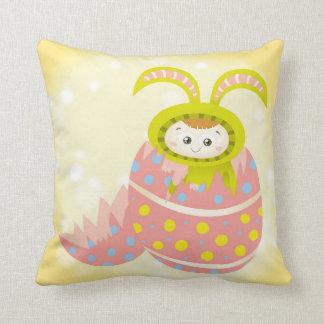Travesseiro bonito do coelhinho da Páscoa Almofada