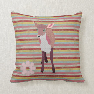 Travesseiro cor-de-rosa bonito de Mojo das listras