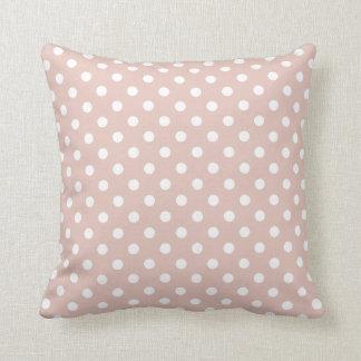 Travesseiro das bolinhas no rosa cor-de-rosa do fu