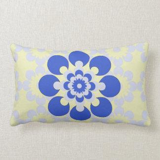 Travesseiro decorativo amarelo azul azul e almofada lombar
