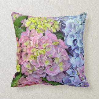 Travesseiro decorativo colorido do impressão da almofada