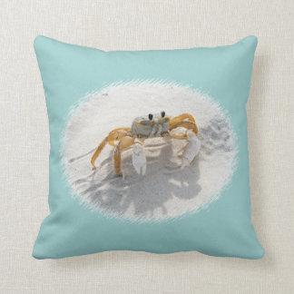 Travesseiro decorativo do caranguejo da areia
