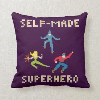 Travesseiro decorativo do super-herói da arte do