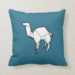 Travesseiro do camelo de Origami