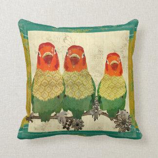 Travesseiro dourado de Mojo dos pássaros do amor