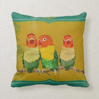 Travesseiro dourado dos pássaros II Mojo do amor