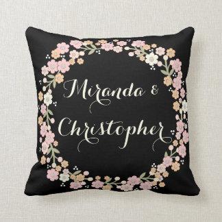 Travesseiro elegante do casamento do Newlywed da