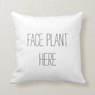 Travesseiro engraçado da planta da cara