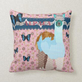 Travesseiro floral de Mojo do rosa das borboletas