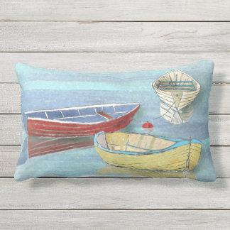 Travesseiro lombar dos barcos da manhã do verão em almofada para ambientes externos