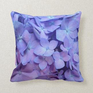 Travesseiro roxo do Hydrangea Almofada
