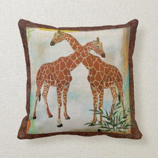 Travesseiro tropical de Boho Mojo dos girafas