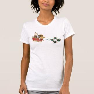 Trenó do feriado de Madagascar Camisetas