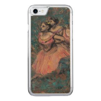 Três dançarinos no traje vermelho por Edgar Degas Capa iPhone 7 Carved