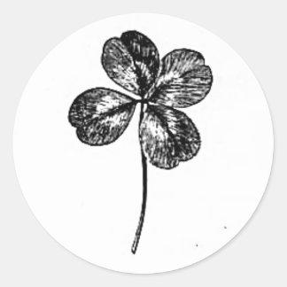 trevo à quatro folhas adesivo redondo