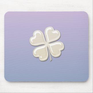 Trevo afortunado da pérola chique adorável mouse pad