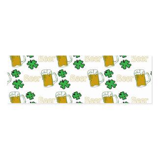 Trevos irlandeses da cerveja cartão de visita skinny