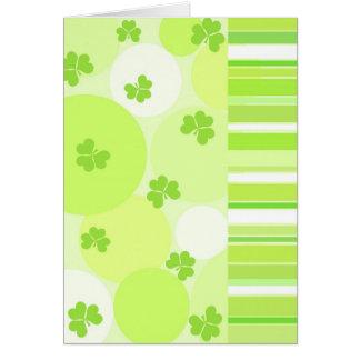 Trevos verdes - cartão