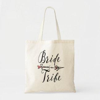 Tribo da noiva com o bolsa da seta