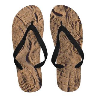 Trilhas da areia sandalias de dedo