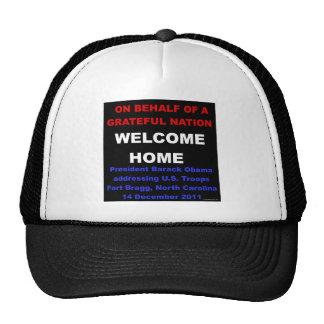 Tropas bem-vindas dos E.U. da casa - Obama em Fort Boné