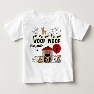 Tshirt personalizado do aniversário do cão de camiseta para bebê