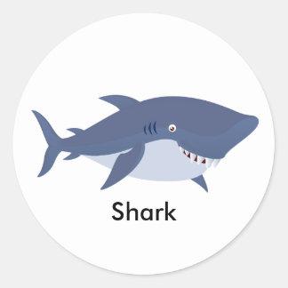 Tubarão animado adesivo em formato redondo