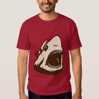 Tubarão com um raio laser de Frickin Camiseta