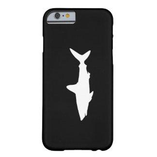 Tubarão da natação capa barely there para iPhone 6