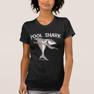 Tubarão da piscina camiseta