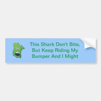 Tubarão médio verde adesivo para carro