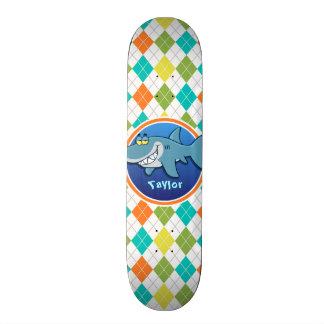 Tubarão no teste padrão colorido de Argyle Skates