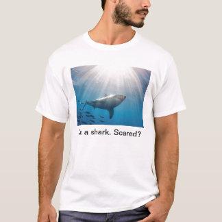 Tubarão. Scared? Camiseta