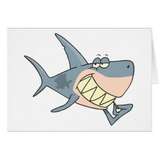 Tubarão usando cartões de um palito