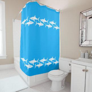 Tubarões na turquesa cortina para chuveiro