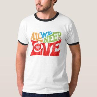 Tudo que nós precisamos é t-shirt do amor