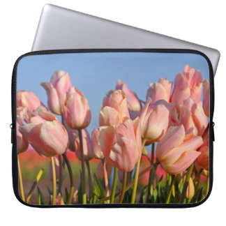 Tulipas cor-de-rosa do primavera capa de notebook