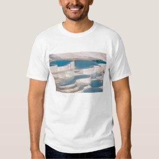 Turquia, castelo do algodão de Pamukkale). T-shirt
