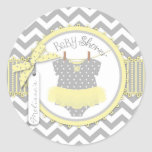 Tutu & chá de fraldas amarelos do impressão de adesivo em formato redondo