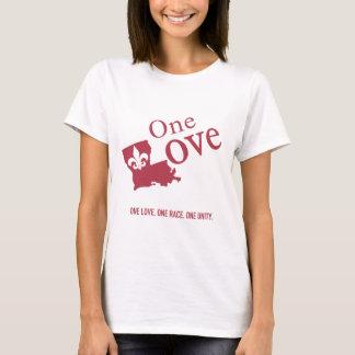 Um amor com a camisa básica da flor de lis para a