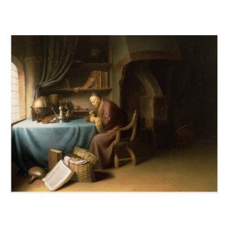 Um ancião que ilumina sua tubulação em um estudo cartão postal