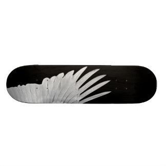 Um anjo voado shape de skate 20cm