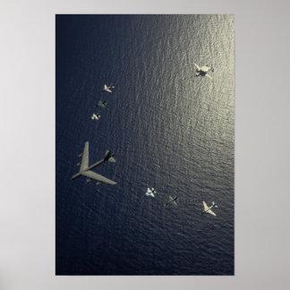 Um avião da força aérea de E.U.B-52 Stratofortress Pôsteres