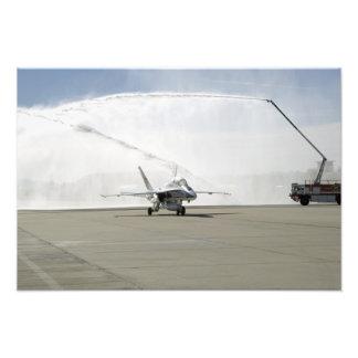Um avião F-18 Impressão De Foto