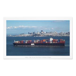 """""""Um barco, uma baía, e San Fran afastado,"""" Impressão De Foto"""