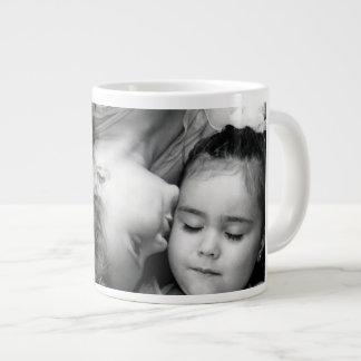 Um beijo para de O/Sisters a caneca enorme para se Jumbo Mug