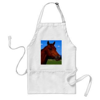 Um cavalo que está orgulhoso aventais