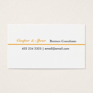Um consultor empresarial mínimo moderno do curso cartão de visitas