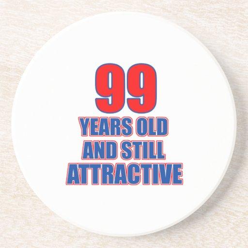 um design de 99 aniversários porta copos