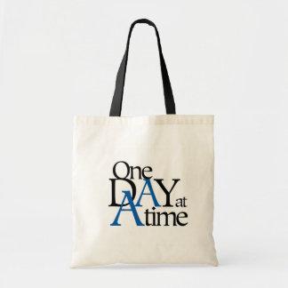 um dia de cada vez bolsas para compras